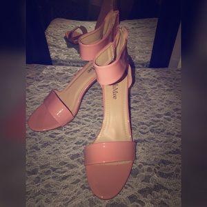 Women's pink heels